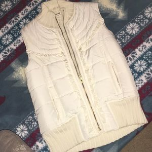 Forever quilted vest with sweater back Sz large